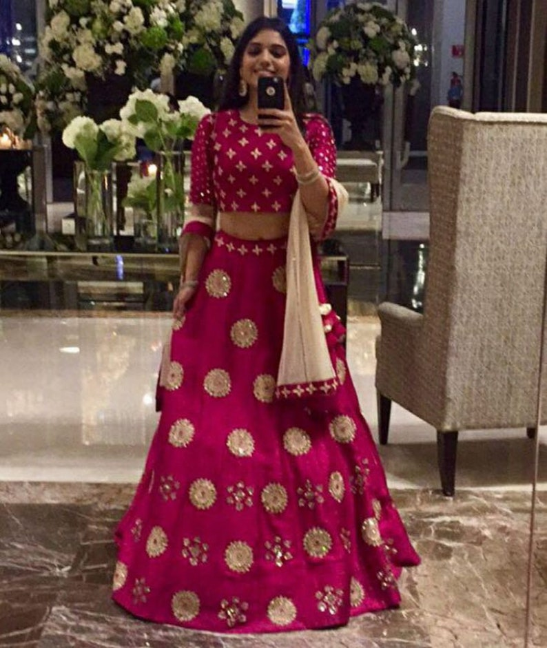 18fe167455558 Indian crop top and skirt lehenga with duppta with heavy zari