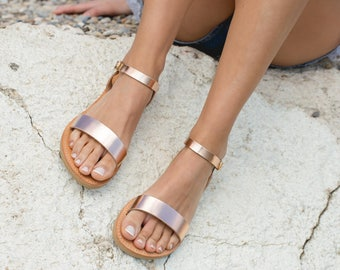 46d257f50d7 Leather sandals women