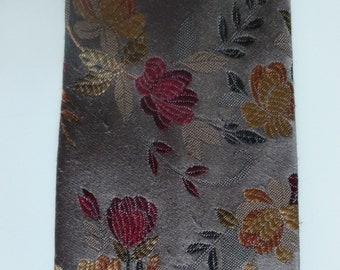 Necktie with flowers - made in Britain