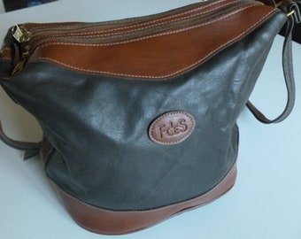 Brown Leather crossbody bag. Fdes
