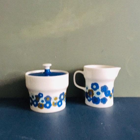 Melitta Wien 2226 Porcelain Coffeepot Seventies Blue Blossoms .Liselotte Kantner