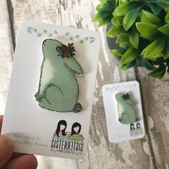 Bunny Pin, Badge, Hand Made, Easter, mothers day, christmas gift, birthday gift, Rabbit Lovers, Bunnies