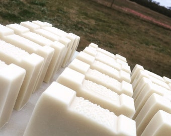 Raw Goat's Milk Soap ——-No Fragrance or Colours . Made on Farm .