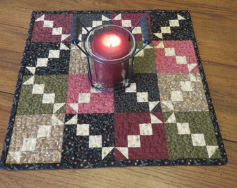 Quilted Table Topper - Scrappy Chain