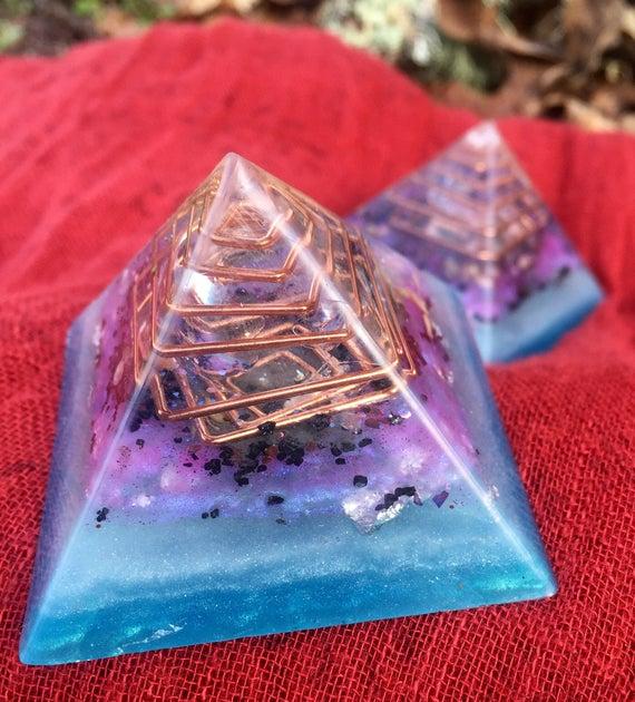 Orgonite® Pyramid Pair- Release Negative Thinking & Traumas- Peace and Abundance Orgone Energy- Healing Pyramid Set- Crystal Ball Energy
