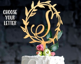 Monogram wedding cake topper.Initial cake topper with date.Single Letter Topper.Rustic cake topper.Personalized topper.Letter cake topper.