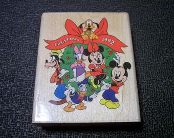 Mickey Mouse Disney Christmas 1992 Stampede  Daisy,Minnie,Goofy ,Pluto 422-F Walt Disney Rubber Stamp Wood mounted Clubhouse