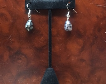 Dragon vein agate earrings