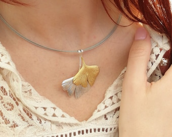 Ginkgo Leaf Necklace Golden Nature Jewelry Botanical Tropical Ginkgo Leaf Gold Ginkgo Pendant Lightweight Leaf Charm Herbalist Gift