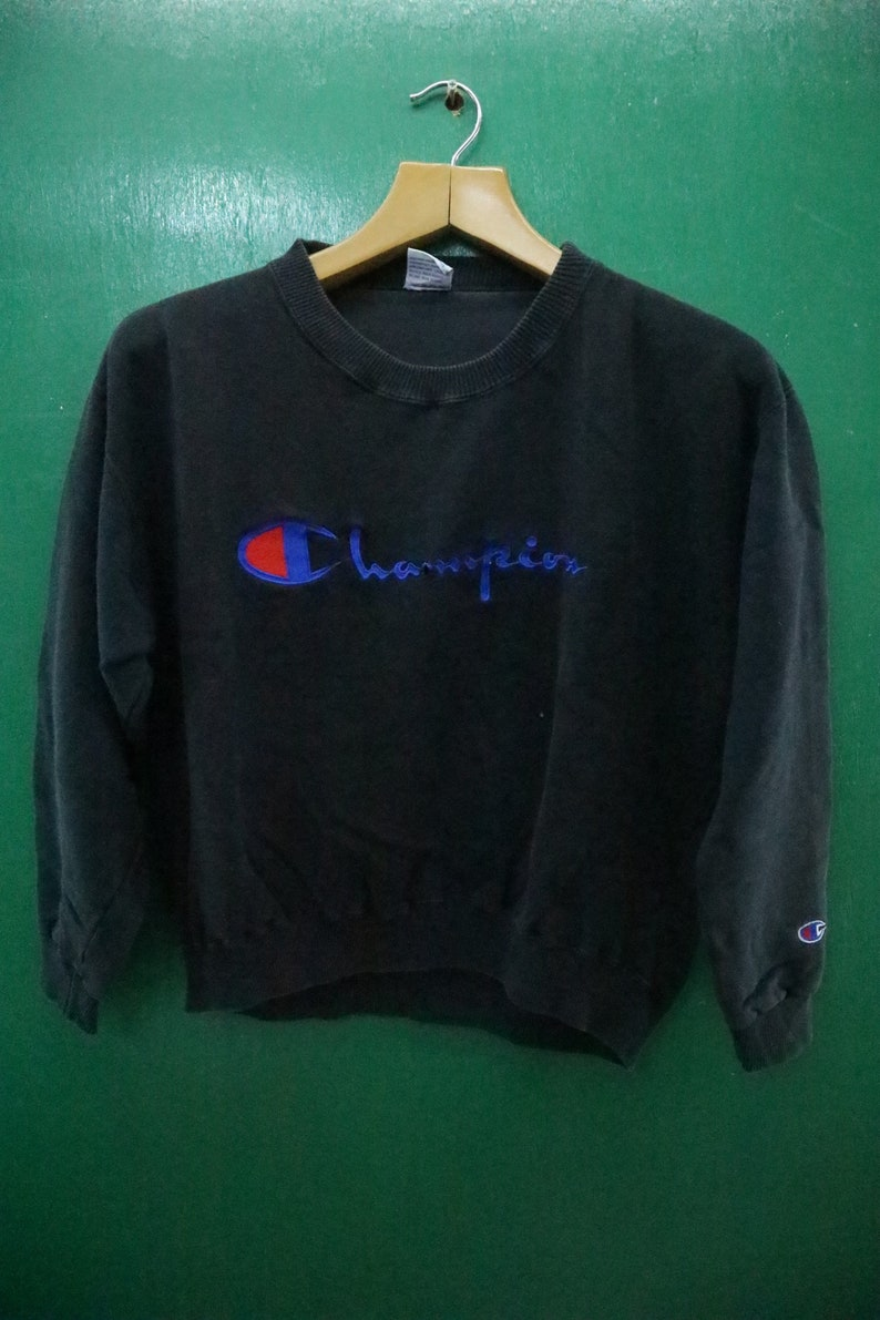 836c6fe004404 Vintage Champion Sweatshirt Embroidery Big Spell Out Sportswear Streetwear  Swag Hip Hop Pullover Crew Neck Sweater Size M