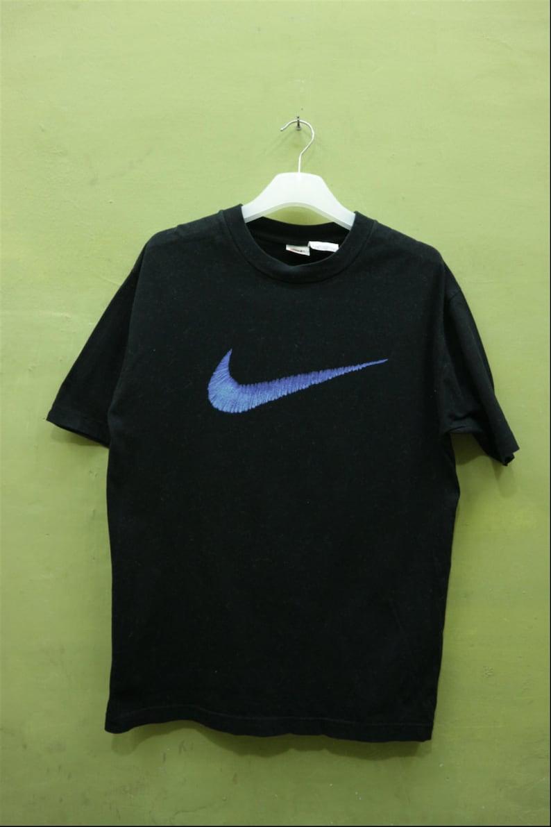 b7f70e9d3c0e5 Vintage Nike Shirt Big Logo Sportswear Streetwear T Shirt Top Tee Black  Color T Shirt Size S