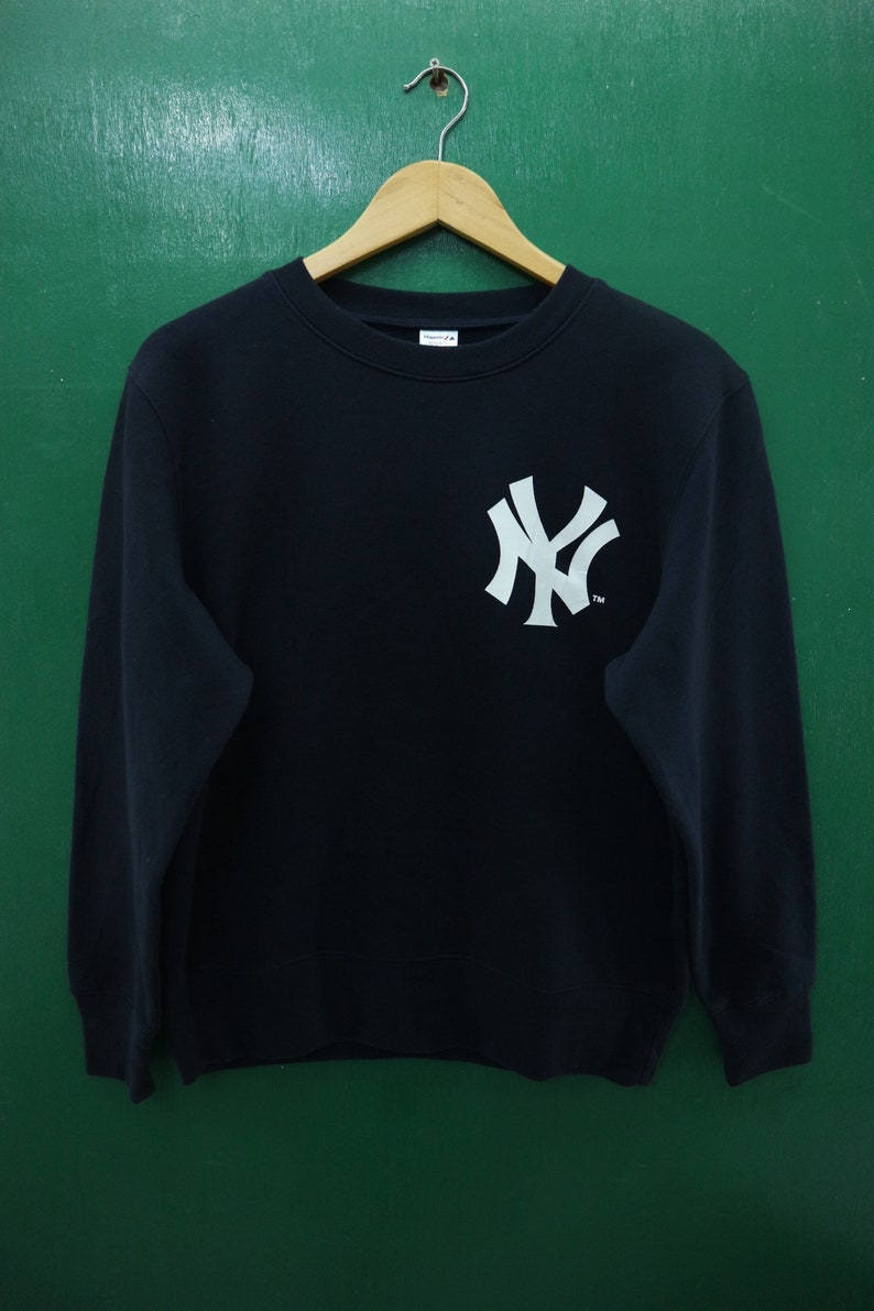 sports shoes b5281 6ea03 Vintage Majestic New York Yankees Sweatshirt Big Logo MLB Major League  Baseball Sportswear Streetwear Sweater Size L