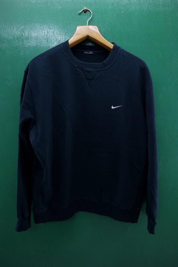 34db2fe20e774 Vintage Nike Sweatshirt Embroidery Logo Pull Over Crew Neck Sportswear  Streetwear Sweater Size L
