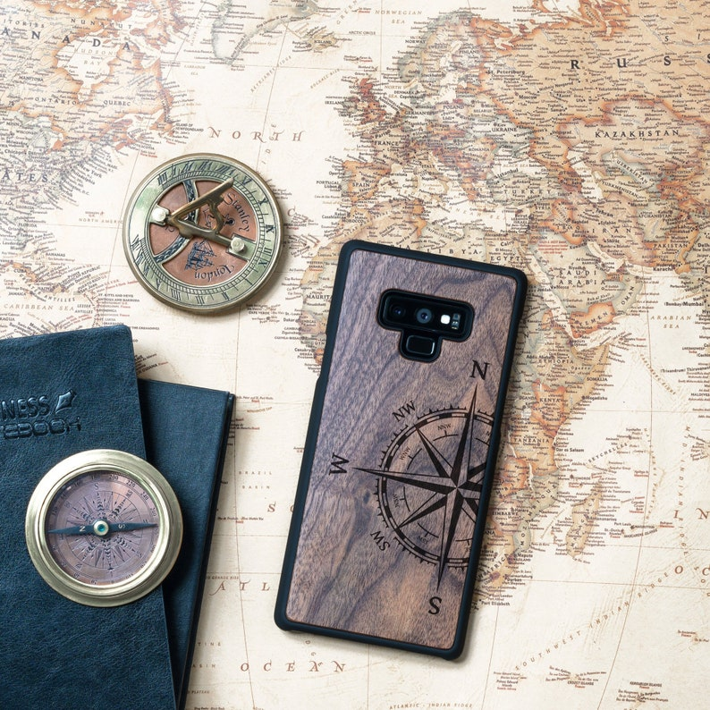 Smartphone Travel Case Compass Art Wood Cover Samsung S7/S8/S9/Note 8/ Note  9, Traveller Nomad Gift, Graduation gift