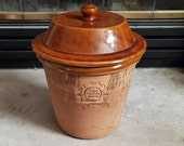 Vintage Rowe Pottery Works Covered quot Dry Goods quot Large Canister Crock Excellent Condition