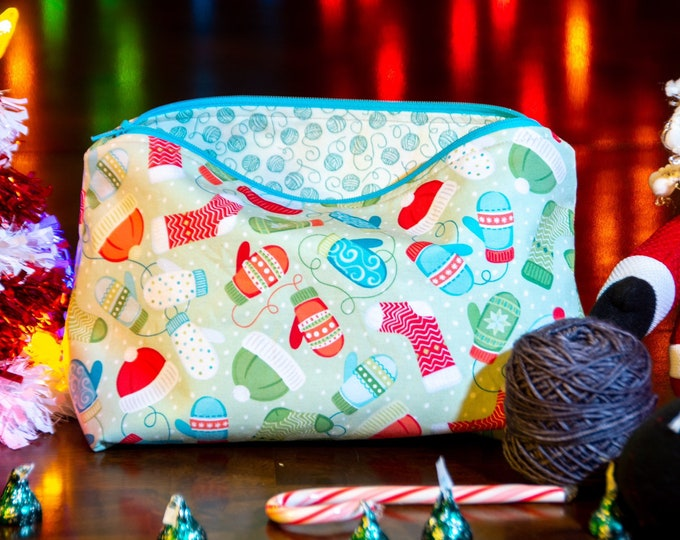 Zipper Bag - Winter Knitting