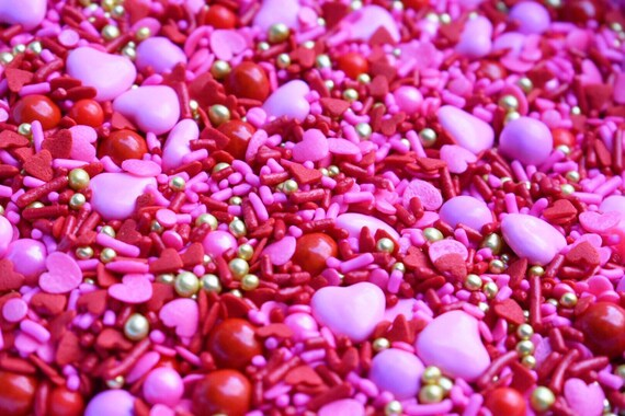 Edible Sprinkles - Sweetheart Sprinkle Mix - Valentine's Day Sprinkles
