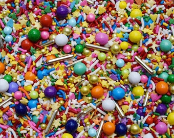 Edible Sprinkles - At the end of the rainbow Sprinkle Mix - 8 oz