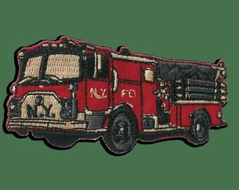Patches Aufbügeln Aufnäher // Bügelbild Feuerwehrauto N.Y 6,6x3,3cm - rot