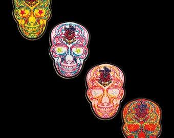 mehrere Farben auswählbar Aufnäher // Bügelbild Totenkopf modern Skelett 8.