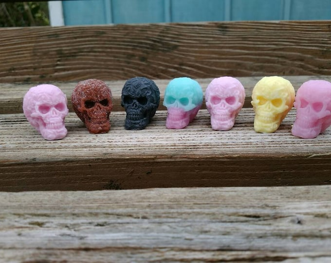 Skull shaped soap thumb size set of five, pirate party favors,  skeleton head soap, tiny skull, skull soap, novelty soap, guest soap
