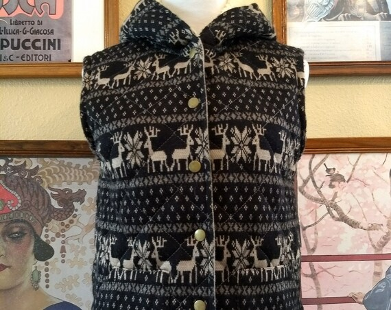 Adorable Lined and Hooded Vest With Reindeer and Pockets,Free People,Size Small.