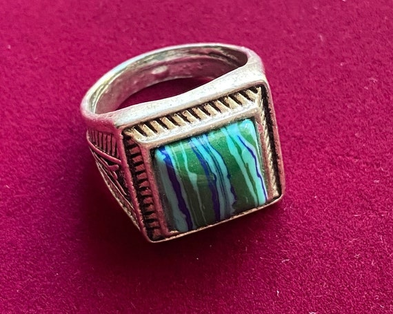 Charming Mens Statement Ring in Blue and Green Hues with Silver Toned Band Size 11