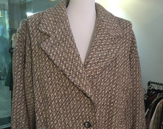 Vintage 1980s Brown Tweed Coat with Wide Shoulders and Dolman Sleeves