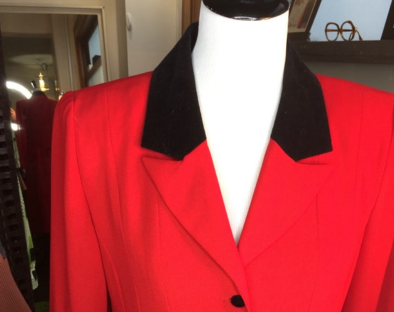 Pretty Red 1990s Dress with Black Collar from Jessica Howard Sz 8