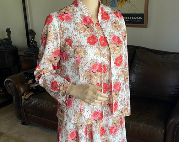 Adorable Vintage 1960s Two-Piece Polyester Shift Dress with Matching Nehru Collared Jacket