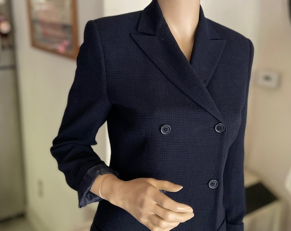 Fabulous Vintage Barney's 1990s Women's Navy Blue   Blazer Made in Italy Size 6