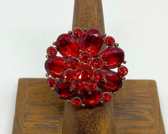 Pretty Red Glass and Copper-Toned Cocktail/Statement Ring Size 5 3/4