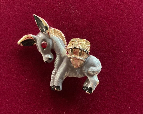 Adorable 1950s Grey Enamel Painted Donkey Carrying a Basket of Rhinestones Brooch Pin Button