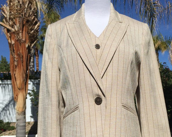 Amanda Smith 3 piece Pin striped Suit, Size 8P,Vintage 90's,Never worn.
