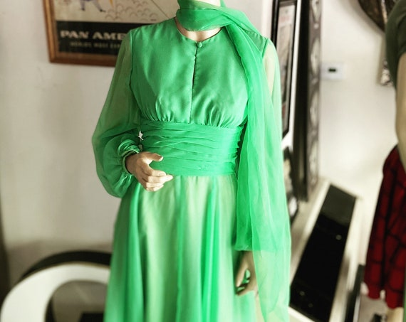 Vintage 1960s Robert Courtney for Montaldo's Green Chiffon Evening Dress