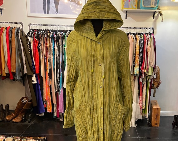 Gorgeous Green Pleated Hooded Mycra Pac Raincoat and Tote Bag