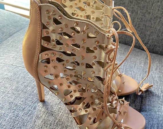 Sam Edleman Tan Leather Booties with Gold All-Over Spikes Size 8