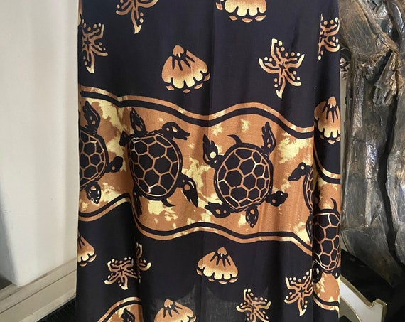 Pretty Black and Brown Turtle Themed Wrap/Throw/Scarf/Beach cover