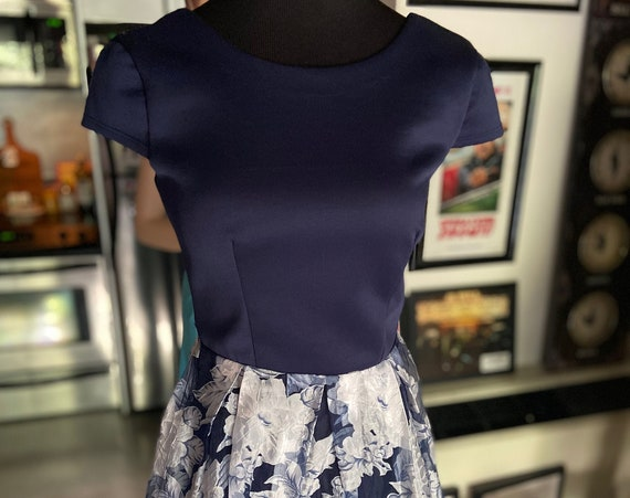 1990s Does 1950s Navy Blue and Floral B Darlin Short Dress Size Small