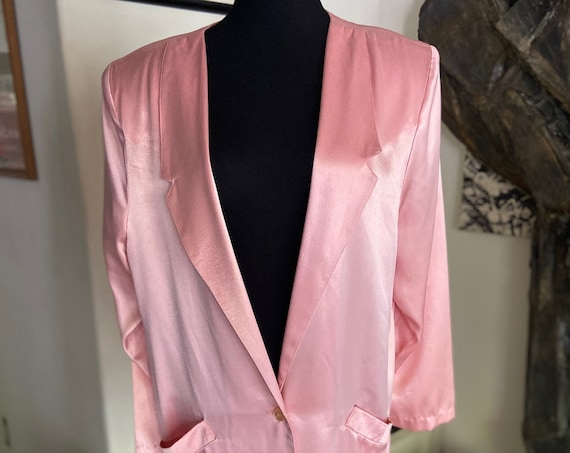 Fabulous Shiny  Shell Pink Colored Vintage 1980s Big-Shouldered Satin Blazer from Studio E