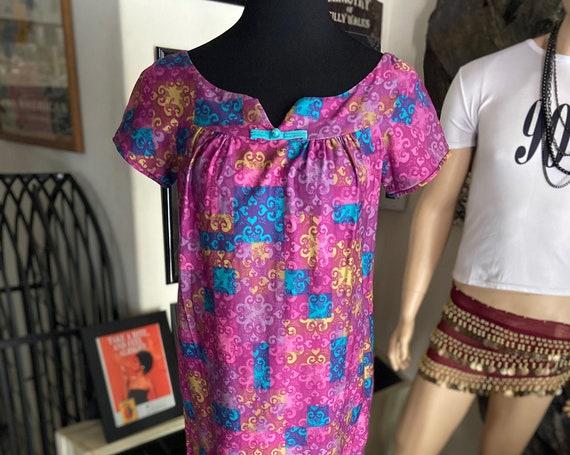 Lovely Vintage 1960s Cotton Floral Maxi Hawaiian Dress by Liberty House for Kiyami Size XS