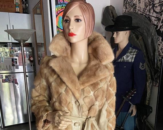 Gorgeous Vintage 1970s Mink and Leather Women's Fur Car Coat