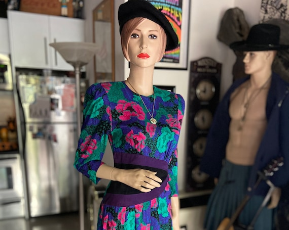 Beautiful Vintage 1980s Raw Silk and Suede Flowered Dress with Shoulder Pads by KWAI