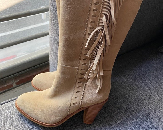 "Cute 17"" Tall Cream Suede Fringed Boots Size 6"