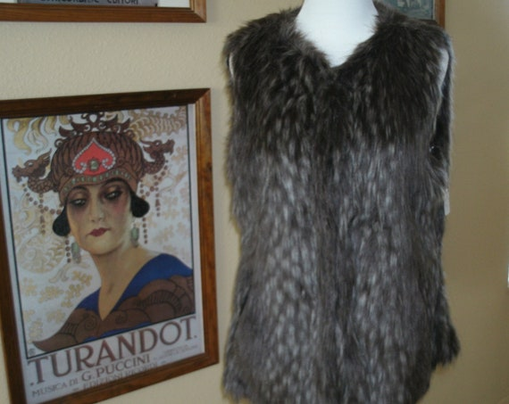 Fun Cache Faux Fur Vest,Size Large.