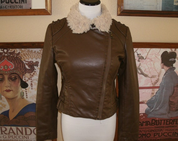 Cute Steve Madden 90s Faux Leather Motorcycle Jacket with Faux Fur Lining and Collar.