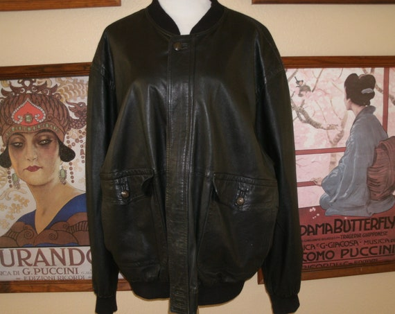 Gorgeous Bernini of Beverly Hills Soft Black Leather Jacket,Size 56 European,46 U.S,Made in Italy.