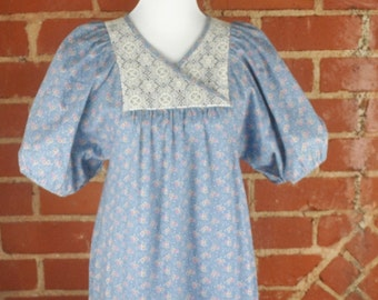 Blue and White Maxi Flowered Sun Babe Hawaii Cotton Prairie Dress with Pouf Sleeves Sz 9