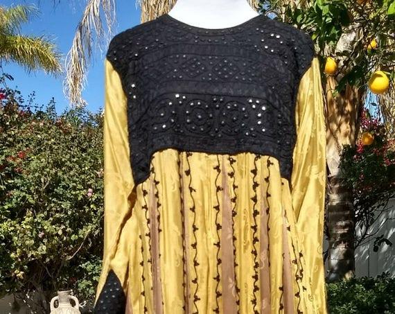 Black and Gold Bohemian/Ethnic Empire Waist Pleated Maxi Dress