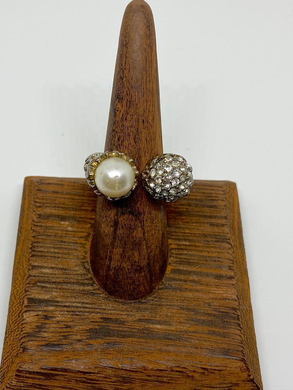 Pretty Cocktail Ring with Faux Pearl Size 7.5